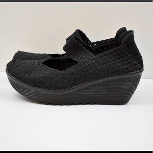 Whitemt. Black Comfort Platform Wedge Mary Janes